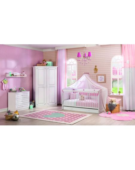 Selena Baby Babyzimmer